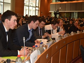New Holland partner of the Third European Congress of Young Farmers. Some of the young participants in the congress.