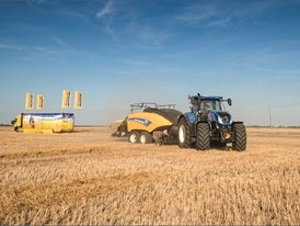 New Holland Agriculture put its BigBaler 1290 Plus to the test