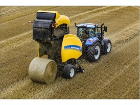 The IntelliBale™ system can be specified on ISOBUS class 3 compatible T6 AutoCommand tractors