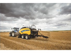 The new BigBaler 1290 Plus delivers the ultimate baling experience with a host of unique features