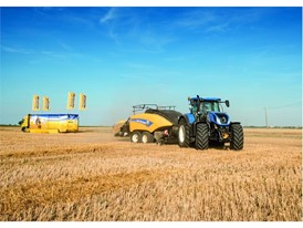The BigBaler 1290 Plus during the baling endurance challenge in France