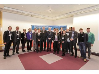 New Holland Agriculture promotes roundtable on the future of agriculture in partnership with The Economist