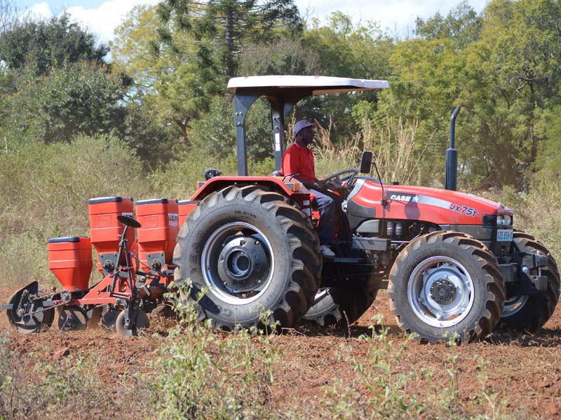Field Day Entreposto and Case IH 1