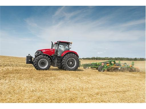 Case IH Optum 300 CVX with Cultivator