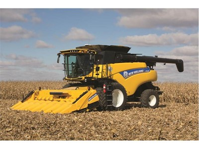 New Holland Introduces CR6.80 Combine with all the Benefits of 40 Years of Twin Rotor® Technology