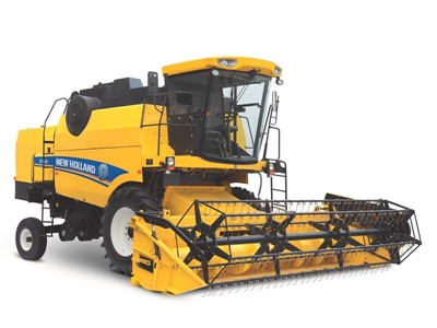 New Holland Agriculture Launches New TC5.30 Five Strawwalker Combine in Africa and the Middle East