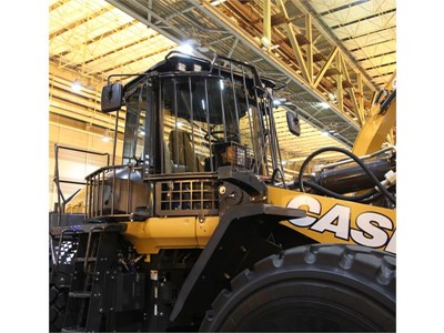 CASE Announces the Availability of a Custom-Fit Waste Handling Guarding/Protection Package for Large 1021G and 1121G Wheel Loaders