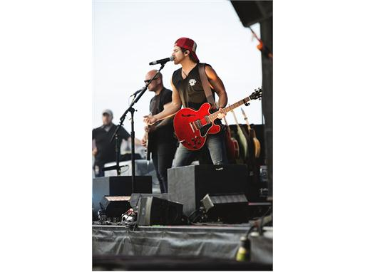 Kip Moore at CASE Labor of Love