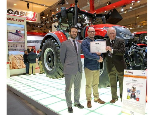 Award for Case IH Optum at FIMA 2016