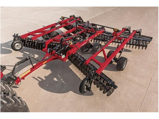 Case IH introduces the new True-Tandem 335 VT vertical tillage tool
