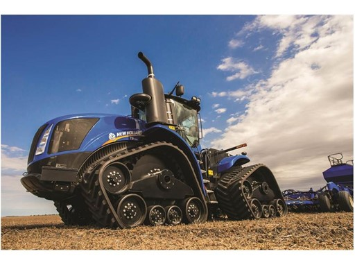 Tough New Holland SmartTrax™ II Tracks Optimized for Productivity fitted to the T9