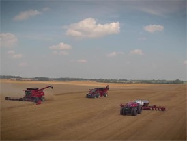 German - CNH Industrial Autonomous Concept Tractor Short Video