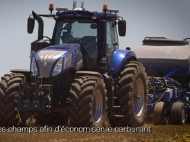 French - New Holland NHDrive Concept Autonomous Tractor Video