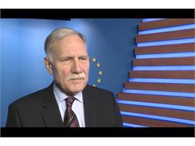Les socialistes français privent RENAULT et ses salariés d'une aide européenne de 24.5 M€