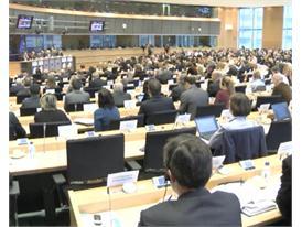 EU economic policy needs teeth, more future-oriented spending