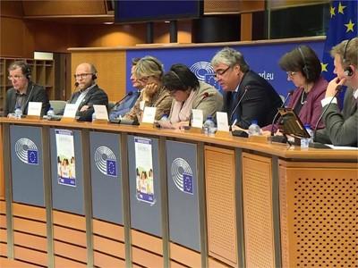 EU's Erasmus+ Student Exchange Needs More Funding, Less Bureaucracy