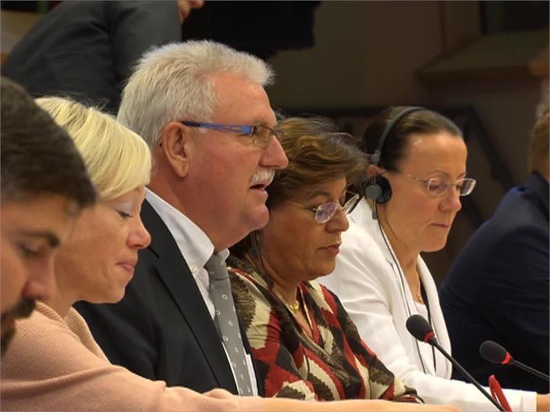EPP TV Newsroom : CETA accord, Iraq, EU budget, InterRail, Tax ...