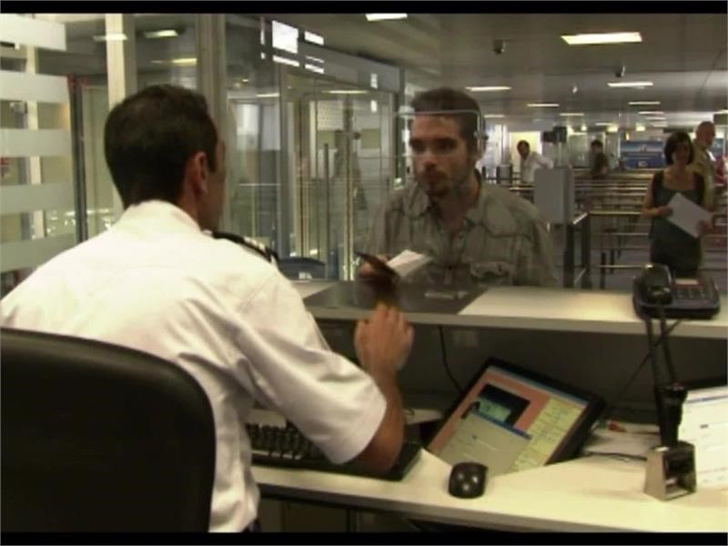 EPP TV Newsroom : Smart Borders: stepped-up security, better ID ...