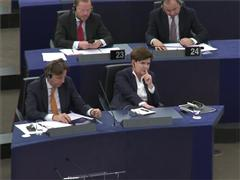 The EU urges the Polish government to respect the Rule of Law