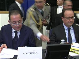 François Hollande met with S&D MEPs: Europe needs a new vision (English subtitles)