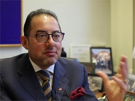 Gianni Pittella statement, English: Trump is the expression of a virus spreading across US & Europe