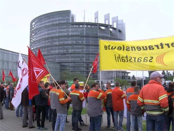 EU Parliament rejects the granting of Market Economy Status to China (EN)