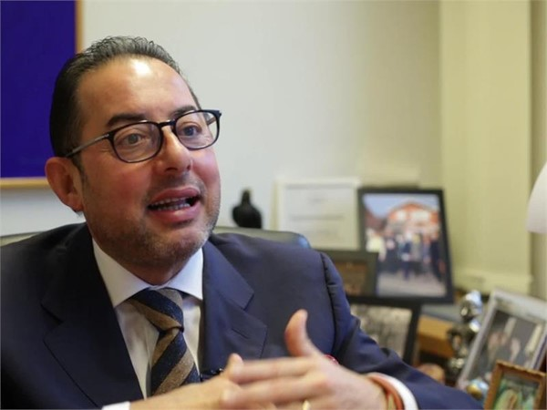 Gianni Pittella statement, Italian: Trump is the expression of a virus spreading across US & Europe