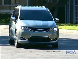 2017 Chrysler Pacifica Highlights with Bruce Velisek