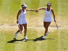 FILA Tennis Athletes Yaroslava Shvedova and Timea Babos Reach Women's Doubles Finals in London