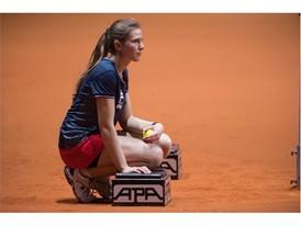 Ball girl dressed in FILA at the Porsche Tennis Grand Prix