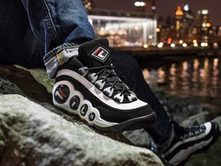 "FILA Bubbles ""OG"" Receives a General Release for Holiday 2016"