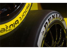 The Dunlop Sport Maxx Prime and Options have distinctly different sidewalls to help fans identify tyre choices