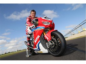 John McGuinness aboard the brand new Honda Fireblade SP2