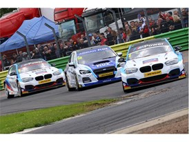 Double BTCC Champion Colin Turkington added a third win of the year at Croft