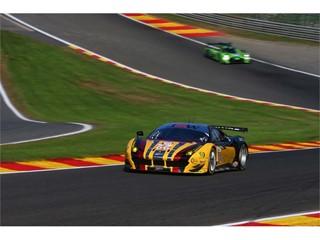 JMW Ferrari storm into ELMS lead