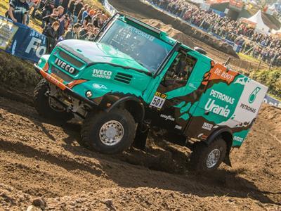 Il Team De Rooy punta a vincere il Rally Dakar 2017  con i pneumatici Goodyear