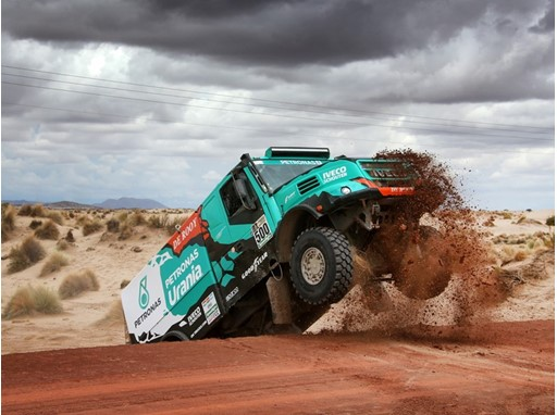 Podium Finish for Team De Rooy & Goodyear in Dakar Rally