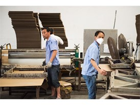 Li Siping and Li Weibin works at Dongguan MYS