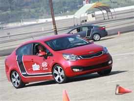 Kia Motors America and B.R.A.K.E.S. Support National Distracted Driver Awareness Month