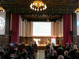 """Symposium """"Das sollst du essen! Orientierung versus Bevormundung"""" im Meistersaal, Berlin"""