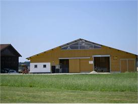 Landwirtschaftlicher Betrieb Rauth in  Frauenneuharting, Bayern