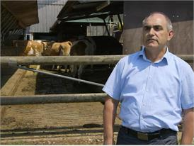 Dr. Bernhard Haidn, zuständig für Tier-haltungsverfahren bei der Bayerischen Landesanstalt für Landwirtschaft, Poing