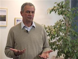 Dr. Christoph Amberger Geschäftsführendes Vorstandsmitglied - Forum Moderne Landwirtschaft e.V.