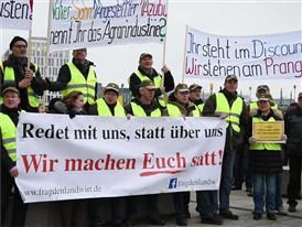 """Demonstration """"Wir machen Euch satt"""": allgemeine Bilder"""