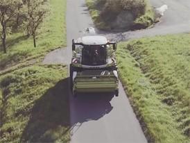 CLAAS JAGUAR 900 (498) on the road