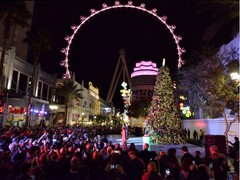 Las Vegas Provides Seasonal Festivities for Holiday Visitors