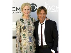 From the Red Carpet: Las Vegas Hosts Country Music's Party of the Year