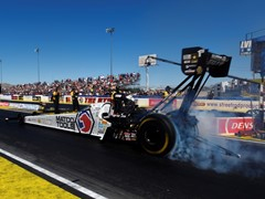 Antron Brown Earns Top Fuel Victory at NHRA Nationals in Las Vegas