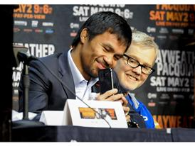 Manny Pacquiao  and Freddie Roach 16