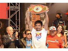 Pacquiao with WBO welterweight belt 1799